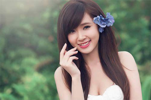 Giai nhân Việt đẹp ngất với răng khểnh
